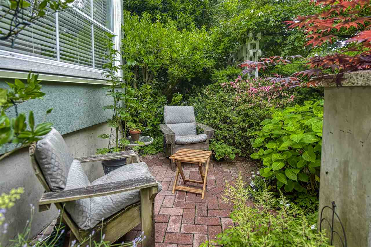 252 W 4TH STREET - Lower Lonsdale Townhouse for sale, 2 Bedrooms (R2467758) - #3