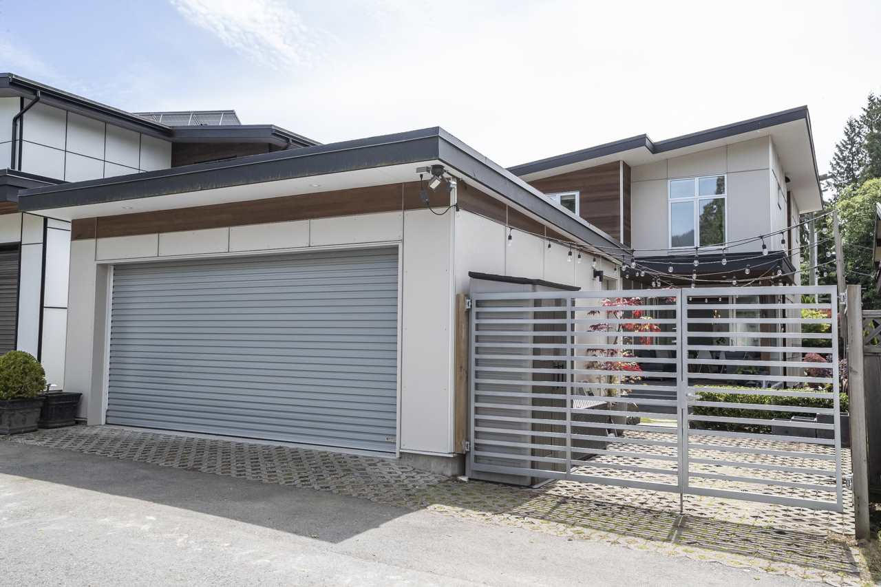 2211 LARSON CRESCENT - Central Lonsdale House/Single Family for sale, 4 Bedrooms (R2468206) - #20