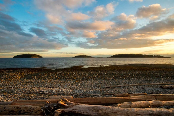 5394 WAKEFIELD BEACH LANE - Sechelt District Townhouse for sale, 3 Bedrooms (R2468488)