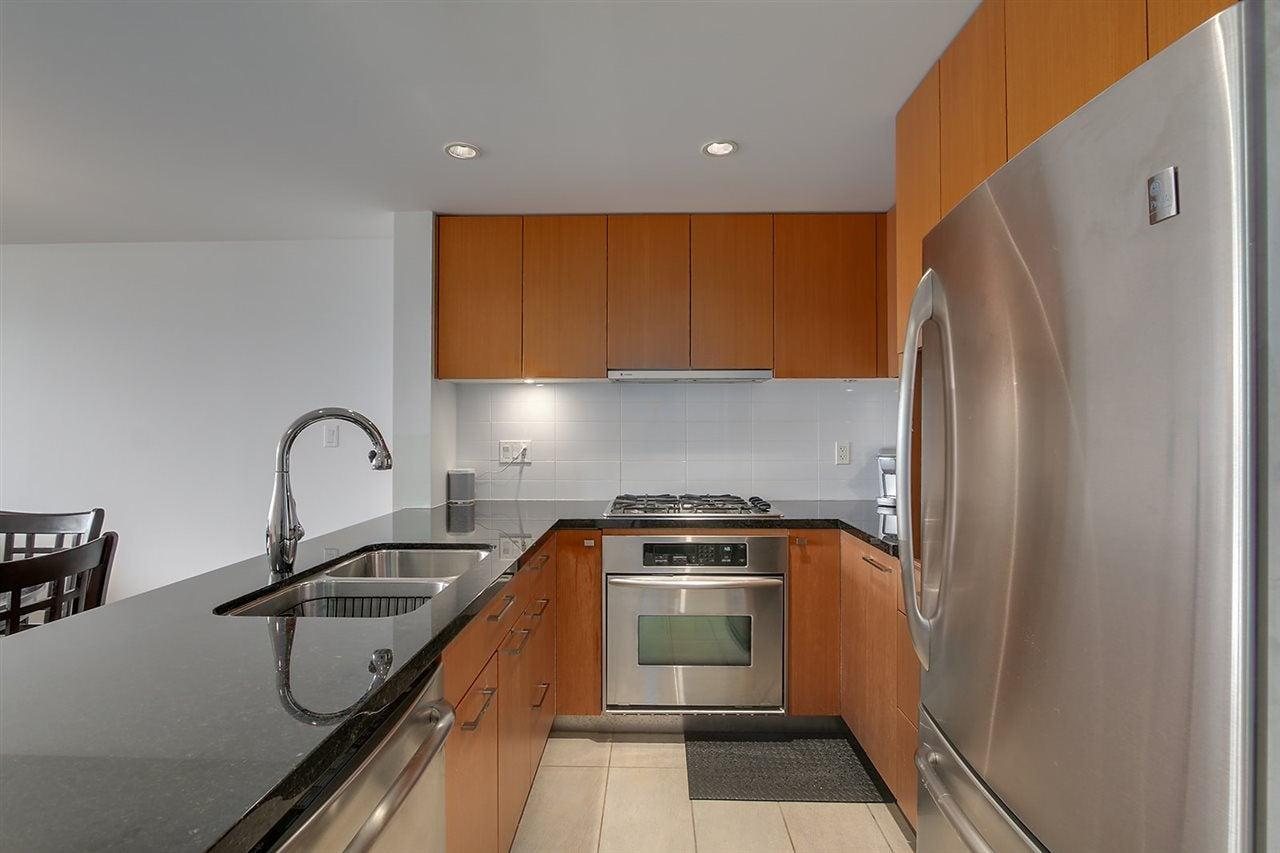405 5989 IONA DRIVE - University VW Apartment/Condo for sale, 1 Bedroom (R2468918) - #6