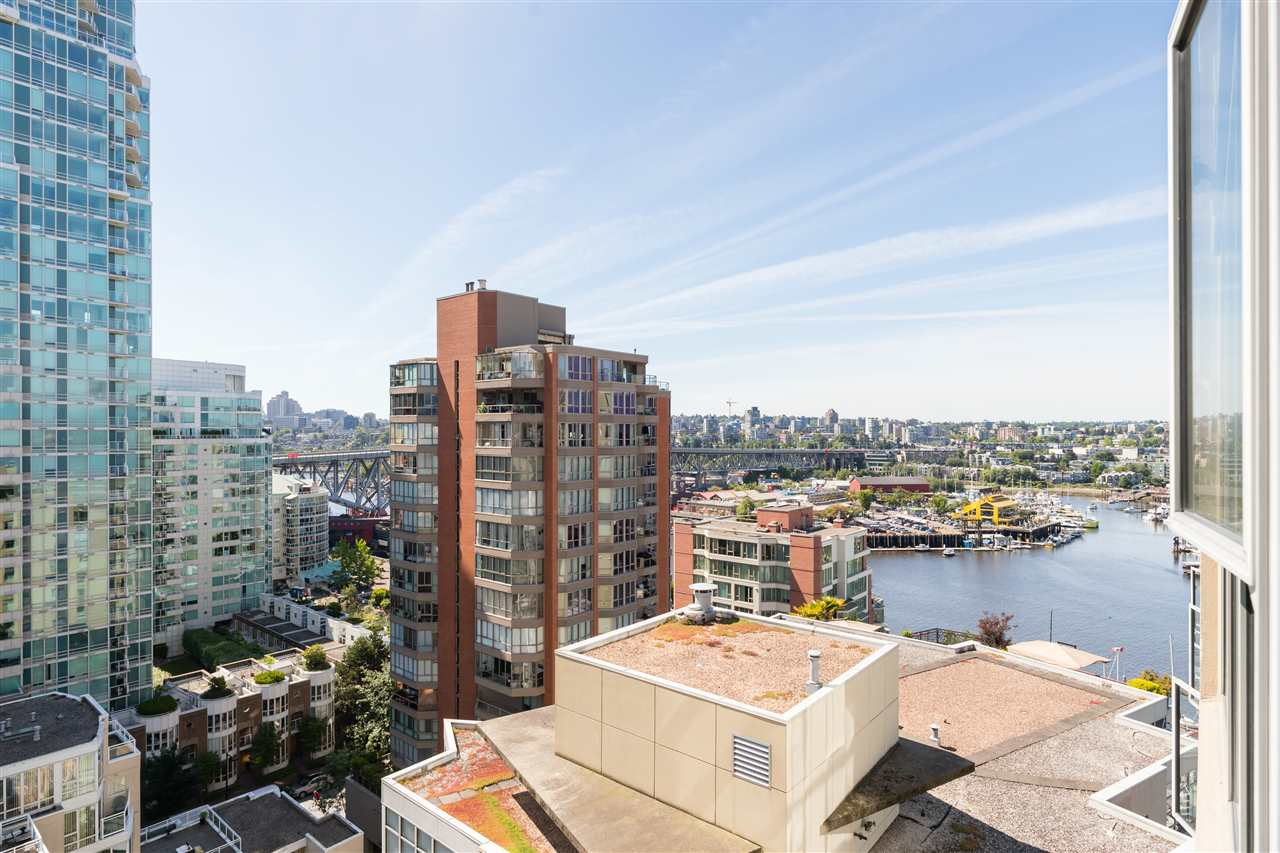 1401 1000 BEACH AVENUE - Yaletown Apartment/Condo for sale, 2 Bedrooms (R2469143) - #4