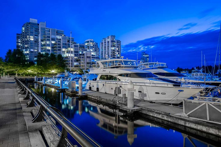 302 1717 BAYSHORE DRIVE - Coal Harbour Apartment/Condo for sale, 2 Bedrooms (R2469185)