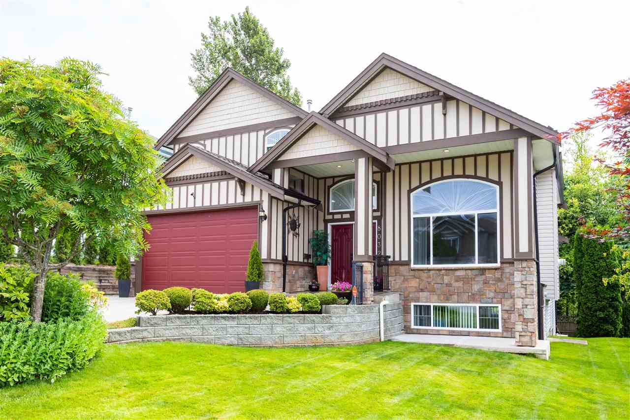 8032 MELBURN DRIVE - Mission BC House/Single Family for sale, 7 Bedrooms (R2469450) - #1