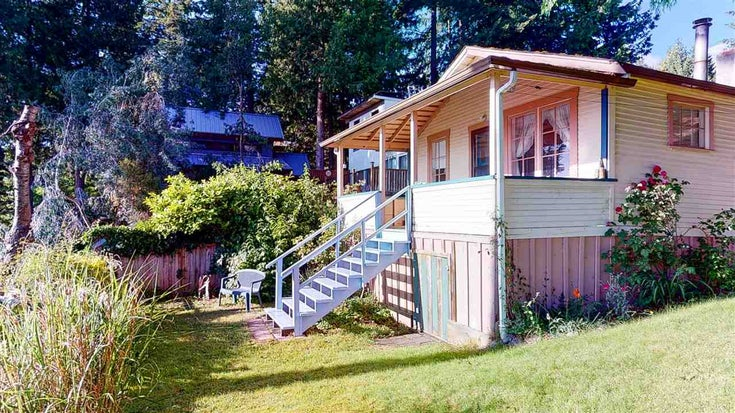5167 SUNSHINE COAST HIGHWAY - Sechelt District House/Single Family for sale, 2 Bedrooms (R2469577)