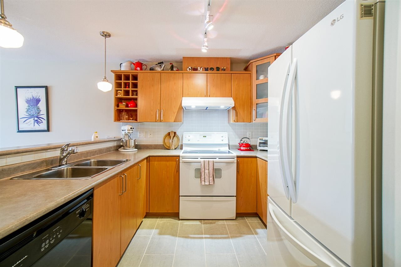 310 3142 ST JOHNS STREET - Port Moody Centre Apartment/Condo for sale, 2 Bedrooms (R2469785) - #3