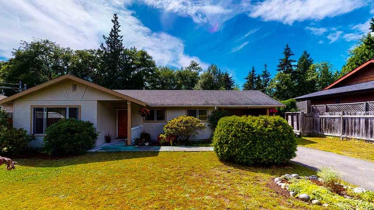 1807 HALL ROAD - Sechelt District House/Single Family for sale, 3 Bedrooms (R2469824)