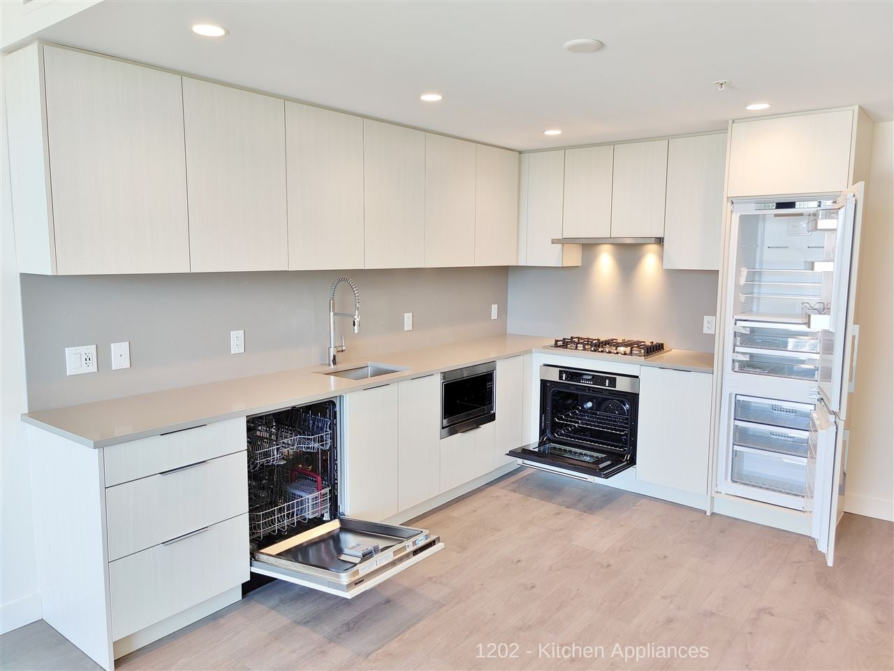 1202 4465 JUNEAU STREET - Brentwood Park Apartment/Condo for sale, 1 Bedroom (R2470011) - #11