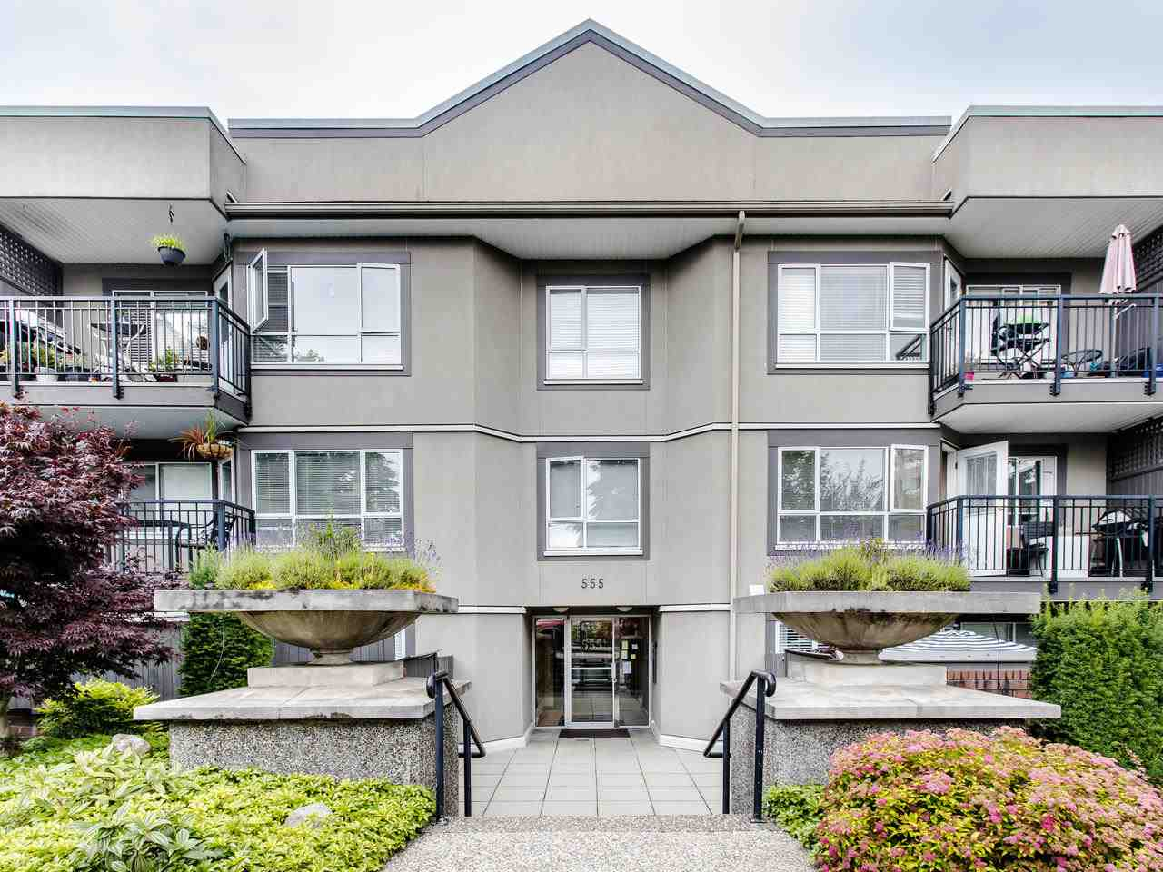 215 555 W 14TH AVENUE - Fairview VW Apartment/Condo for sale, 1 Bedroom (R2470013)