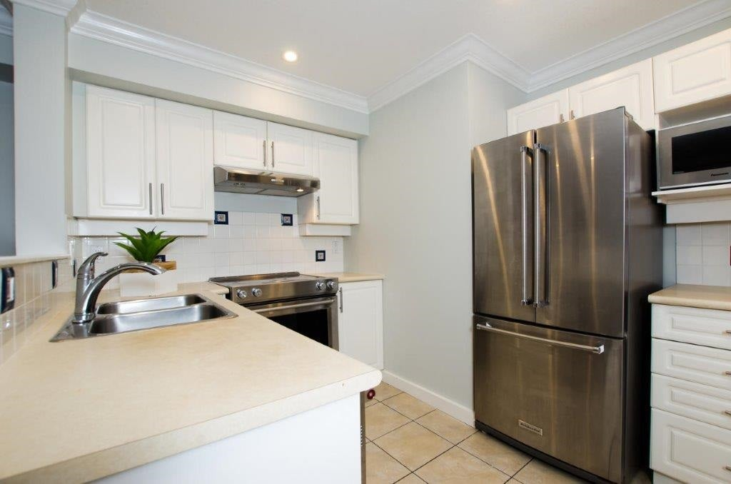 13 1561 BOOTH AVENUE - Maillardville Townhouse for sale, 2 Bedrooms (R2470064) - #11