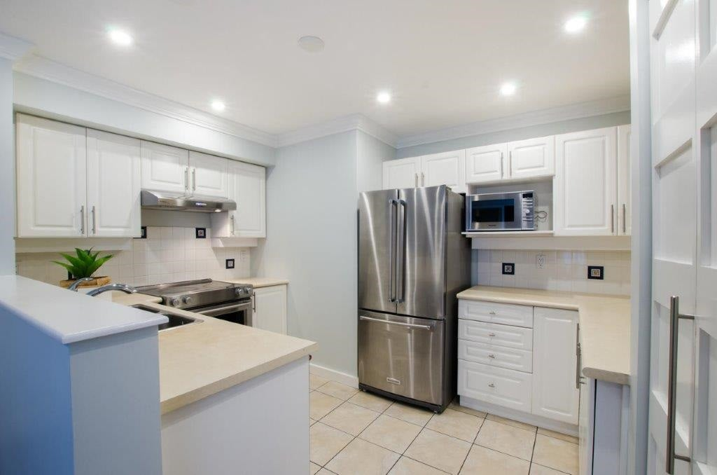 13 1561 BOOTH AVENUE - Maillardville Townhouse for sale, 2 Bedrooms (R2470064) - #12