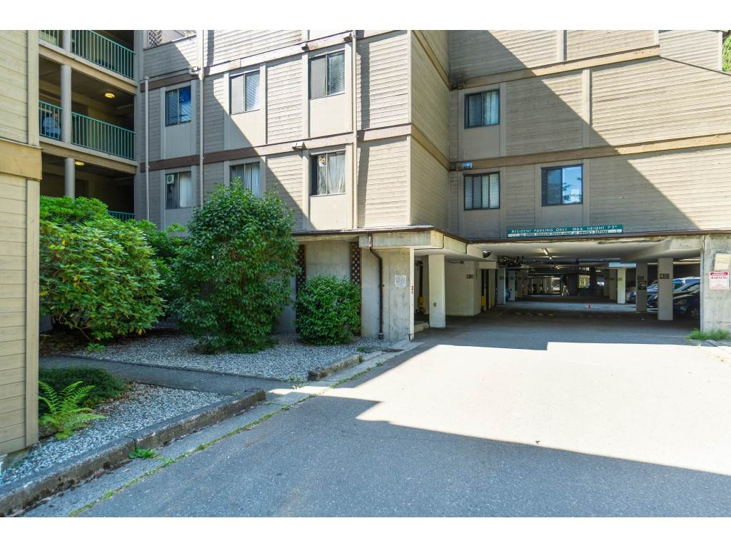 203 9154 SATURNA DRIVE - Simon Fraser Hills Apartment/Condo for sale, 2 Bedrooms (R2470068) - #2