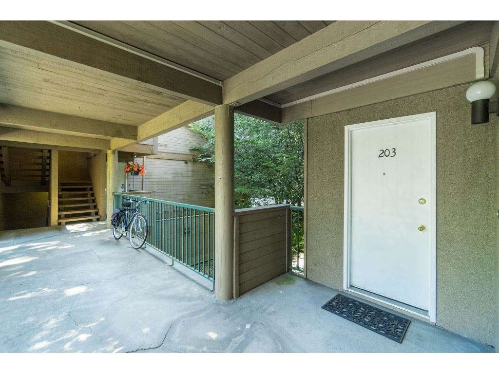 203 9154 SATURNA DRIVE - Simon Fraser Hills Apartment/Condo for sale, 2 Bedrooms (R2470068) - #3