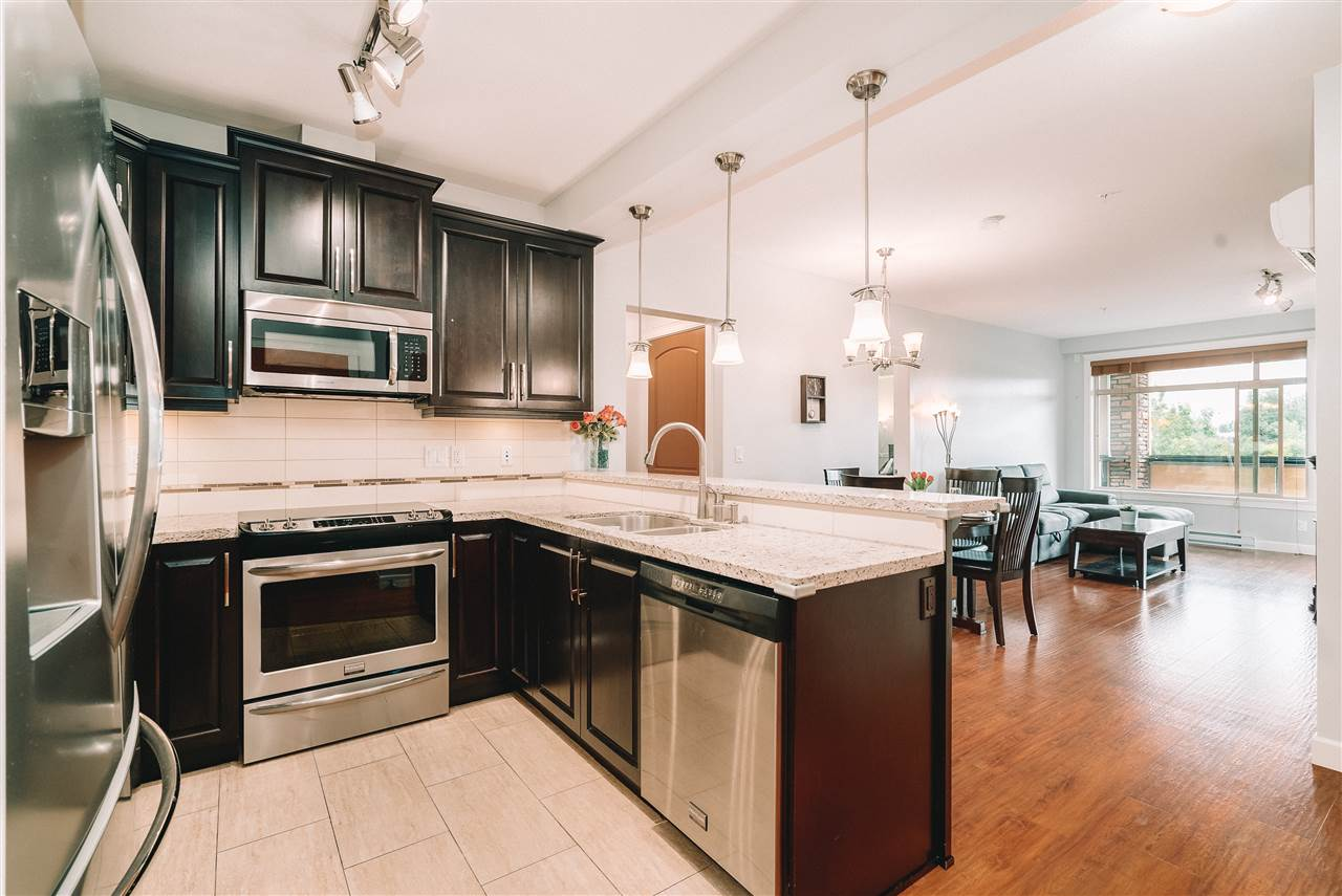 211 8258 207A STREET - Willoughby Heights Apartment/Condo for sale, 2 Bedrooms (R2470083) - #1