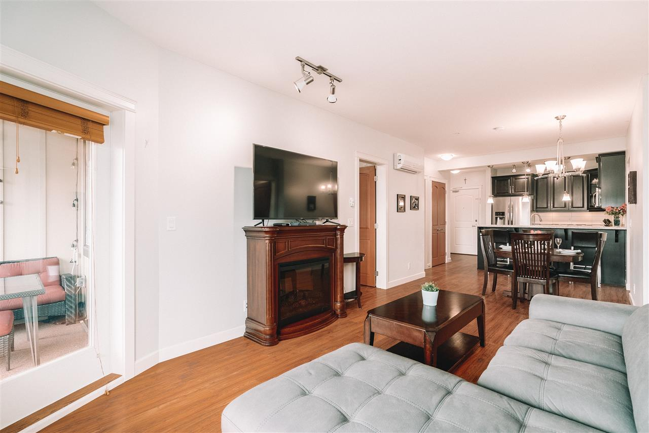 211 8258 207A STREET - Willoughby Heights Apartment/Condo for sale, 2 Bedrooms (R2470083) - #2