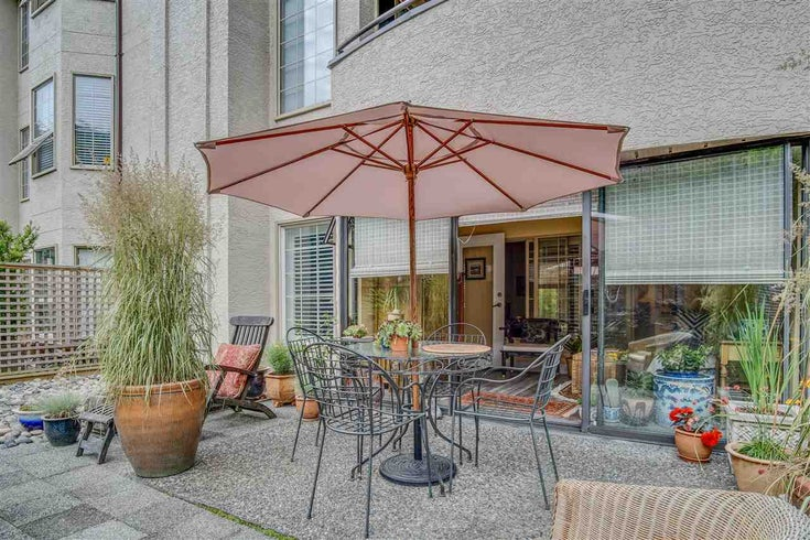 104 1488 MERKLIN STREET - White Rock Apartment/Condo for sale, 1 Bedroom (R2470380)