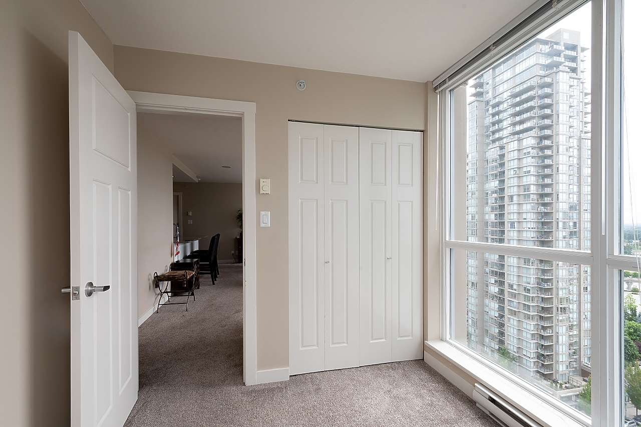 2206 2978 GLEN DRIVE - North Coquitlam Apartment/Condo for sale, 3 Bedrooms (R2470476) - #35