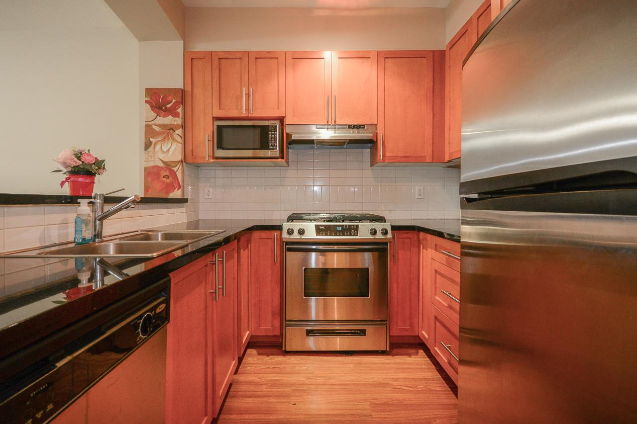 111 2250 WESBROOK MALL - University VW Apartment/Condo for sale, 1 Bedroom (R2471020) - #2