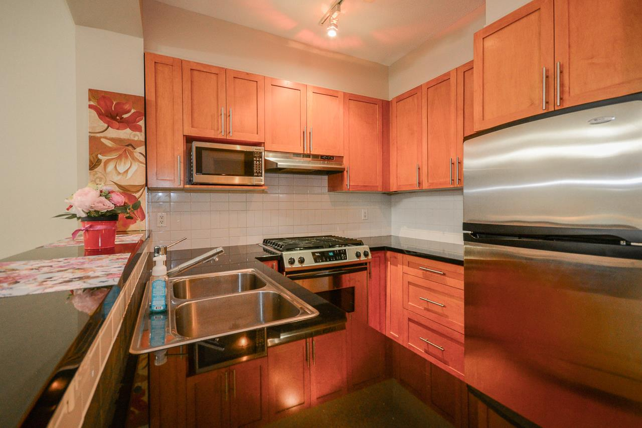 111 2250 WESBROOK MALL - University VW Apartment/Condo for sale, 1 Bedroom (R2471020) - #4