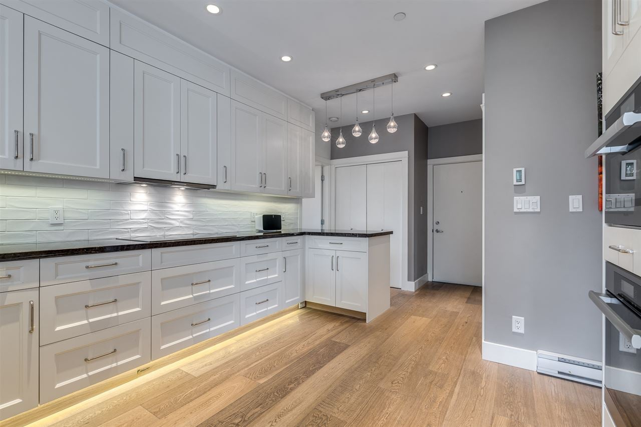 401 118 W 22ND STREET - Central Lonsdale Apartment/Condo for sale, 3 Bedrooms (R2471039) - #10