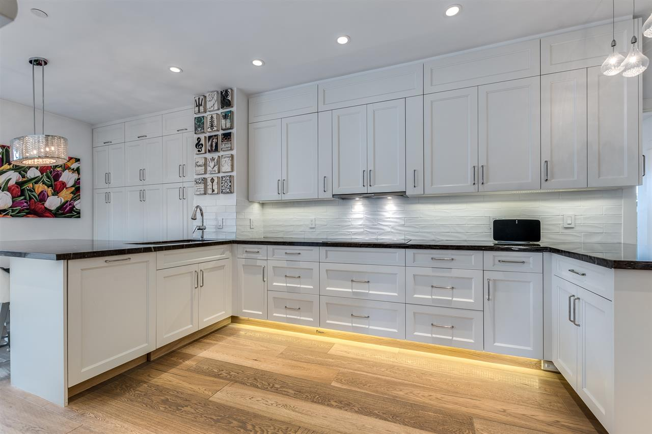 401 118 W 22ND STREET - Central Lonsdale Apartment/Condo for sale, 3 Bedrooms (R2471039) - #12