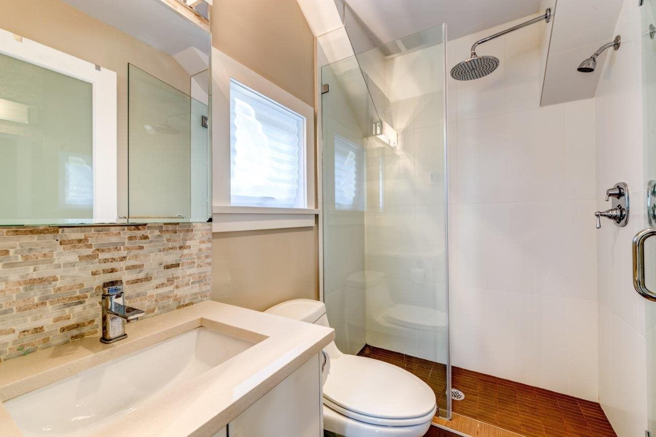 250 E 10TH STREET - Central Lonsdale 1/2 Duplex for sale, 2 Bedrooms (R2471068) - #12