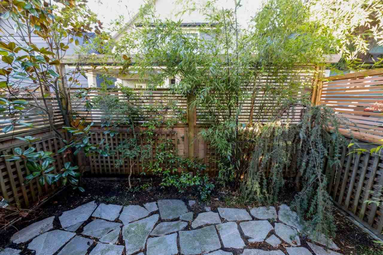 250 E 10TH STREET - Central Lonsdale 1/2 Duplex for sale, 2 Bedrooms (R2471068) - #4