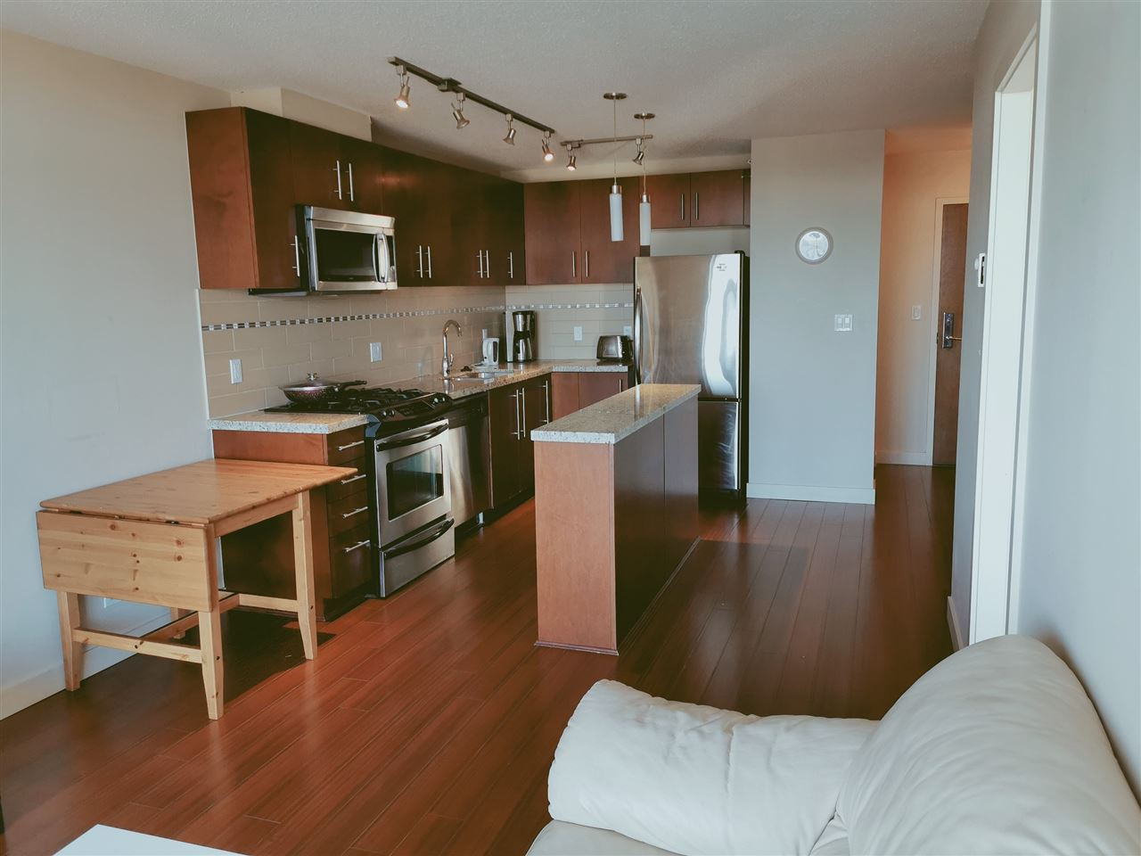 1606 8288 LANSDOWNE ROAD - Brighouse Apartment/Condo for sale, 1 Bedroom (R2471649)
