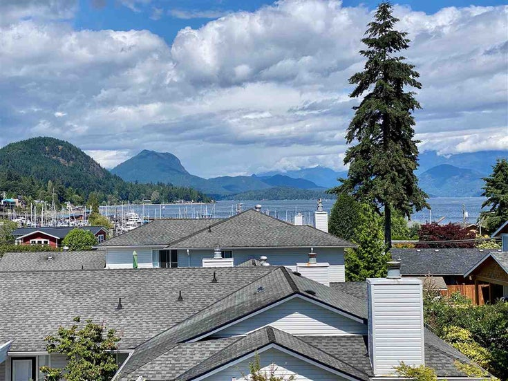 27 696 TRUEMAN ROAD - Gibsons & Area Townhouse for sale, 2 Bedrooms (R2471923)