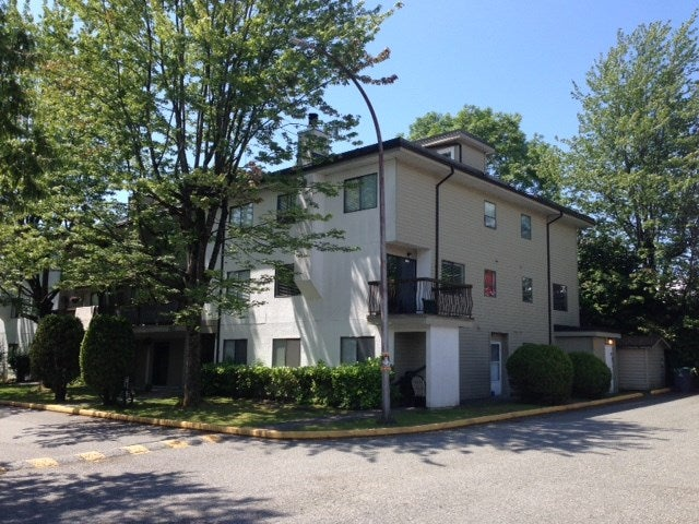 206 7165 133 STREET - West Newton Apartment/Condo for sale, 3 Bedrooms (R2472436)