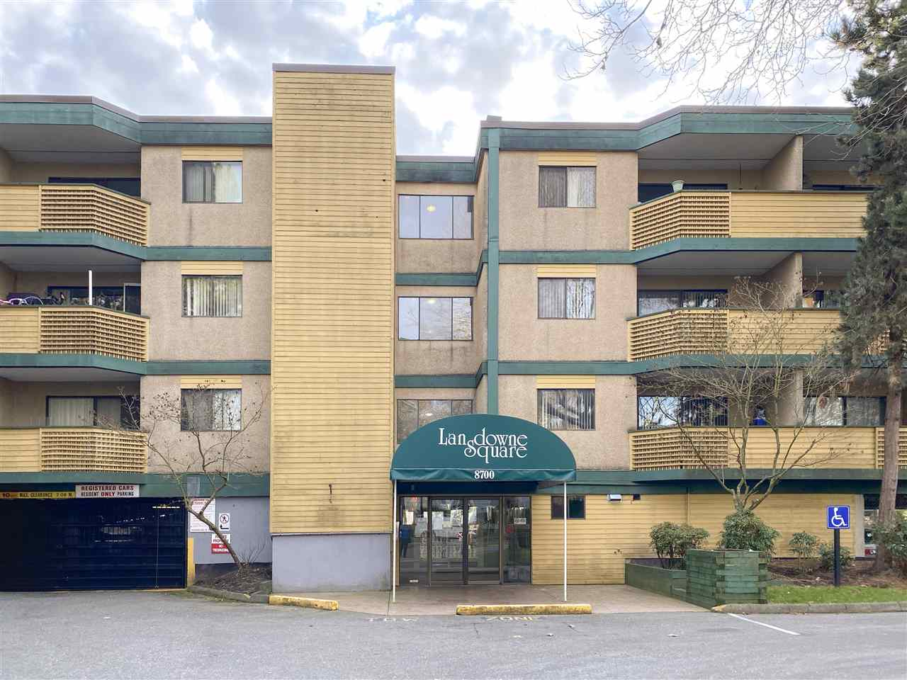 203 8700 ACKROYD ROAD - Brighouse Apartment/Condo for sale, 2 Bedrooms (R2473379)