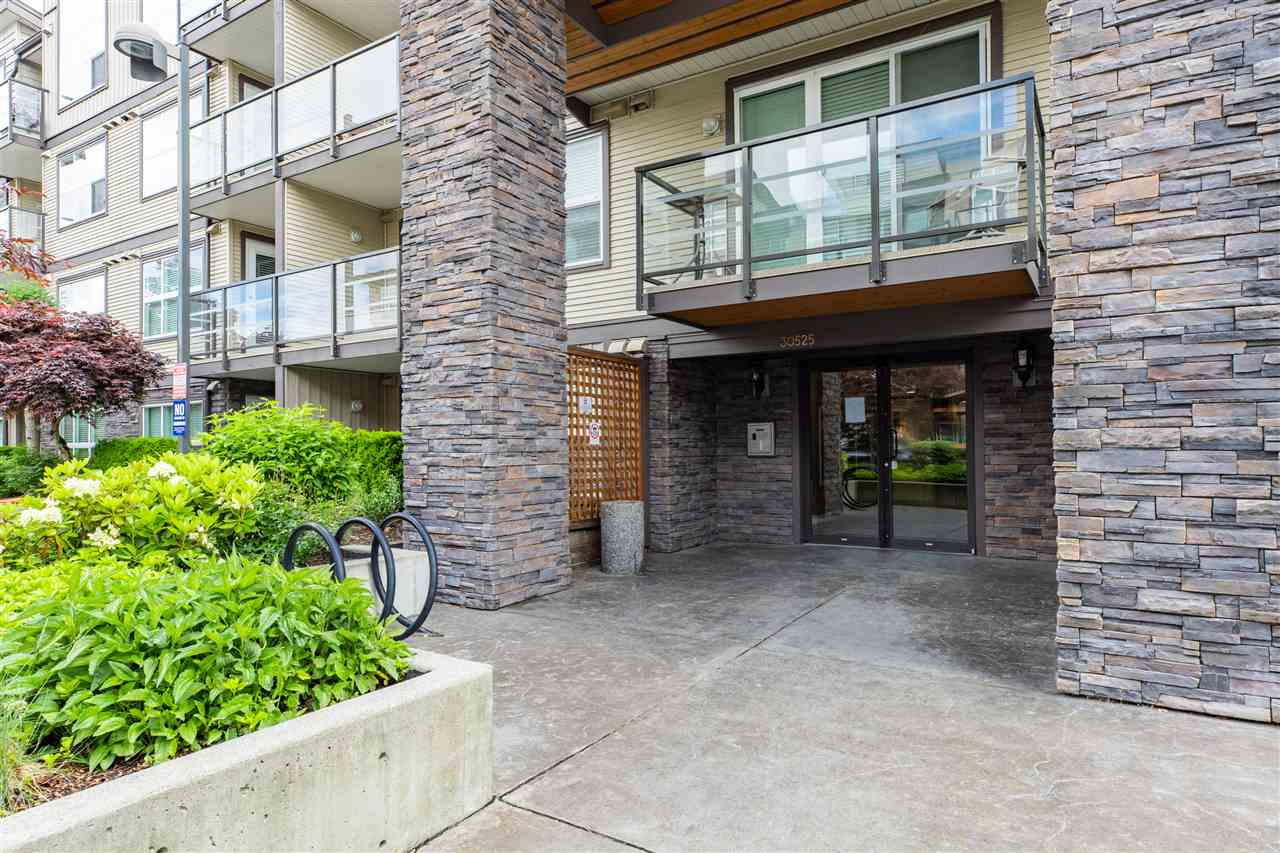 402 30525 CARDINAL AVENUE - Abbotsford West Apartment/Condo for sale, 1 Bedroom (R2473705) - #1
