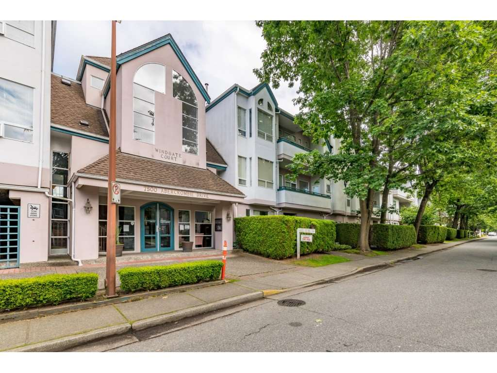 303 7500 ABERCROMBIE DRIVE - Brighouse South Apartment/Condo for sale, 3 Bedrooms (R2474089)