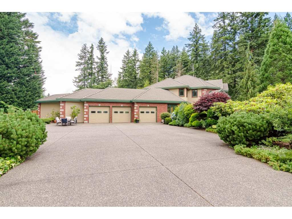 23495 52 AVENUE - Salmon River House with Acreage for sale, 4 Bedrooms (R2474123) - #1