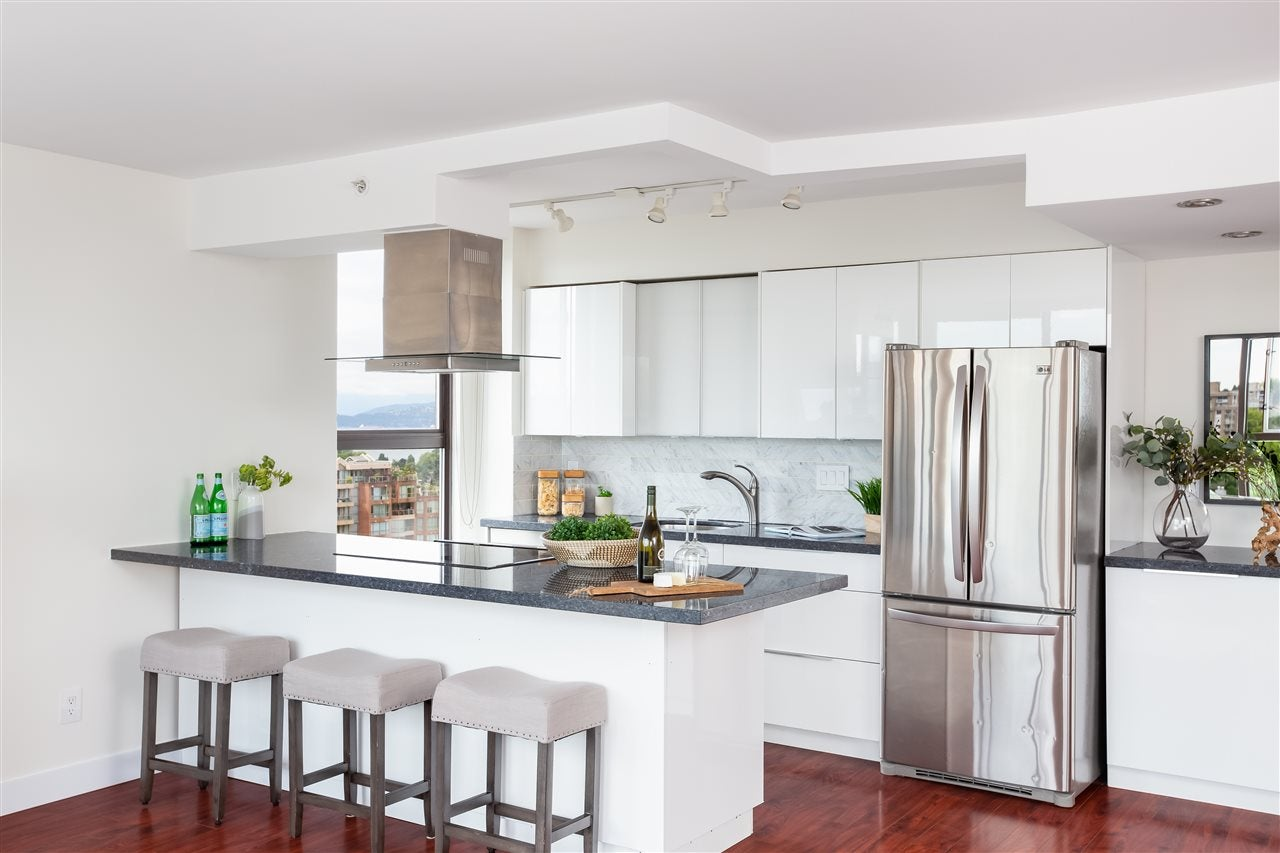 1106 1633 W 8TH AVENUE - Fairview VW Apartment/Condo for sale, 2 Bedrooms (R2474197)