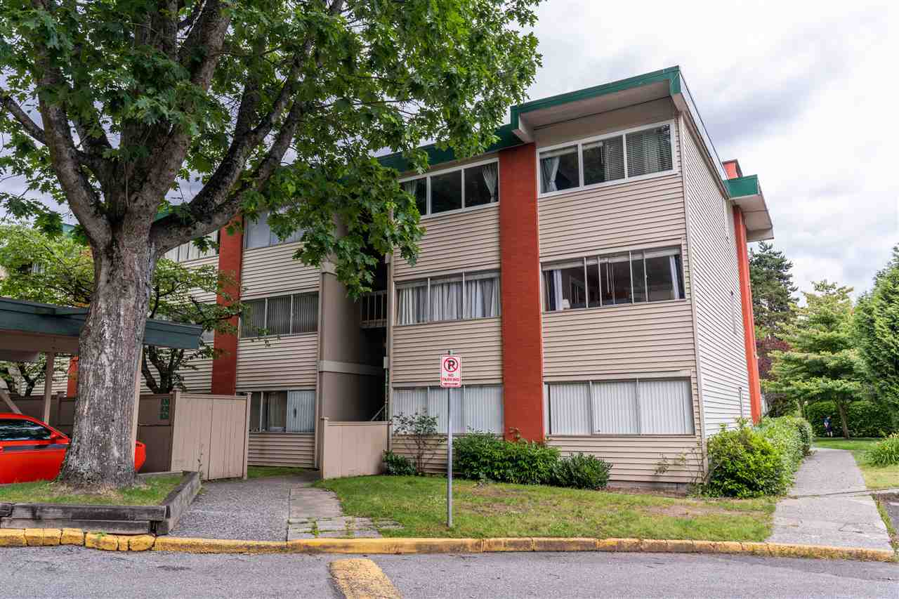 822 WESTVIEW CRESCENT - Upper Lonsdale Apartment/Condo for sale, 2 Bedrooms (R2474206) - #1