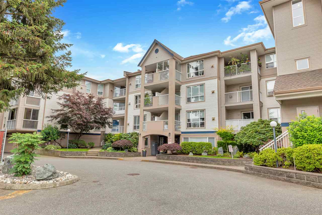 305 9165 BROADWAY STREET - Chilliwack E Young-Yale Apartment/Condo for sale, 2 Bedrooms (R2474268) - #1