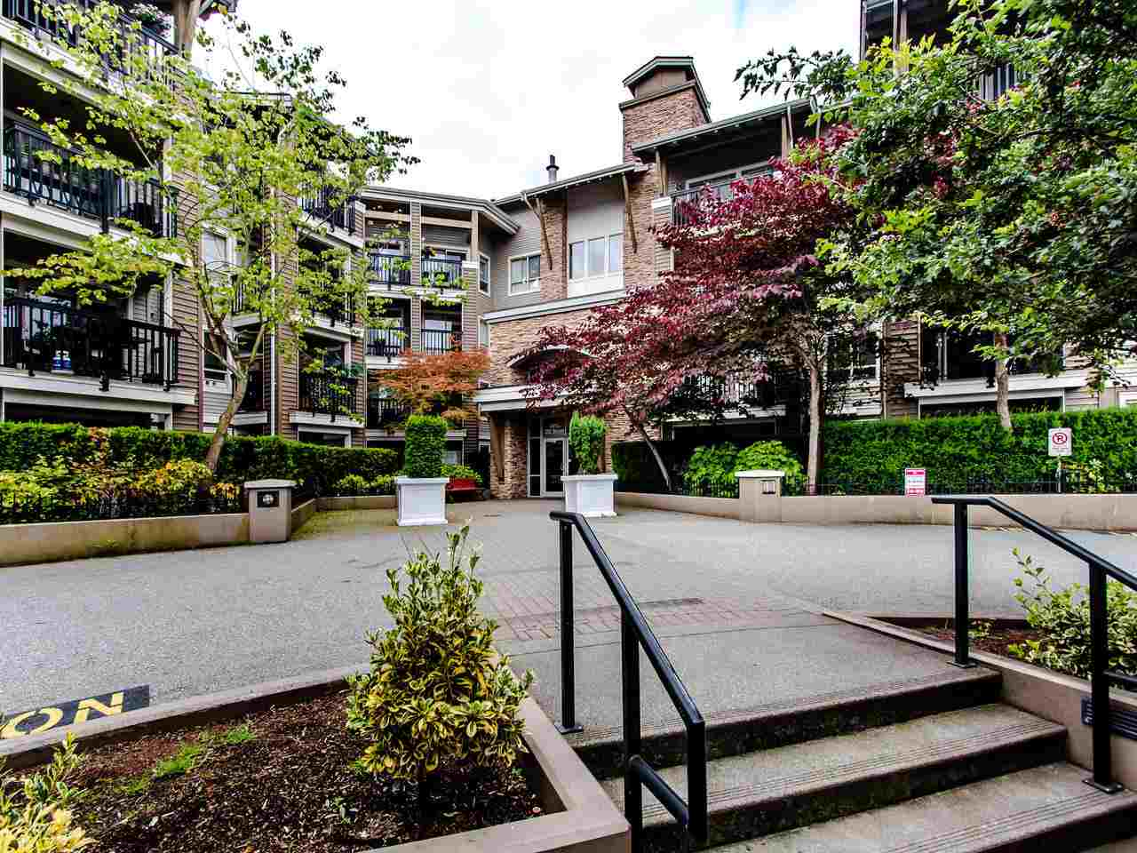 127 8915 202 STREET - Walnut Grove Apartment/Condo for sale, 2 Bedrooms (R2474456) - #1