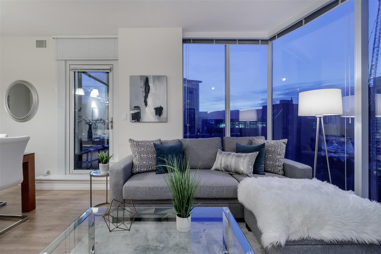 1005 1211 MELVILLE STREET - Coal Harbour Apartment/Condo for sale, 3 Bedrooms (R2474482)