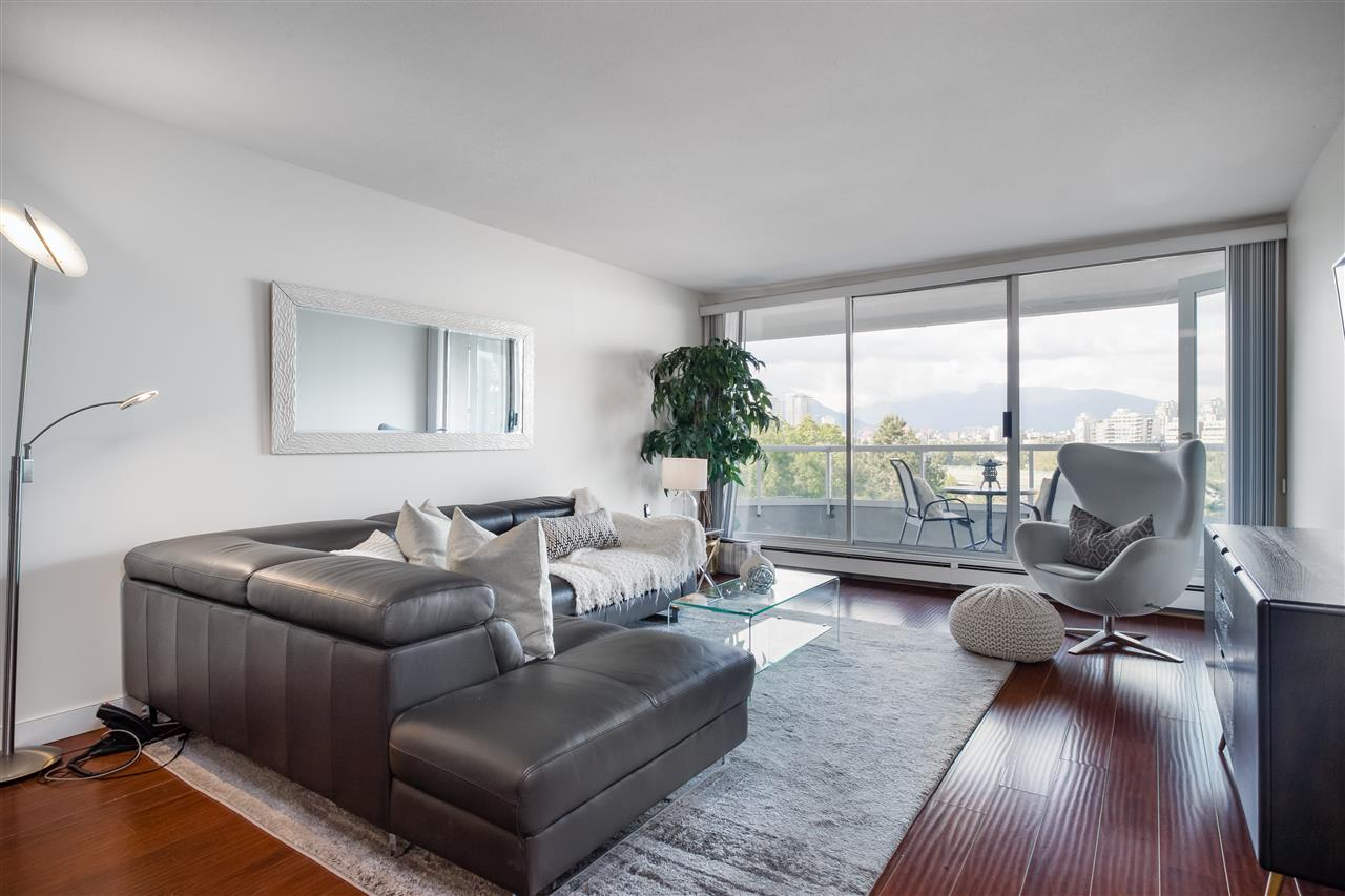802 518 MOBERLY ROAD - False Creek Apartment/Condo for sale, 2 Bedrooms (R2474536)