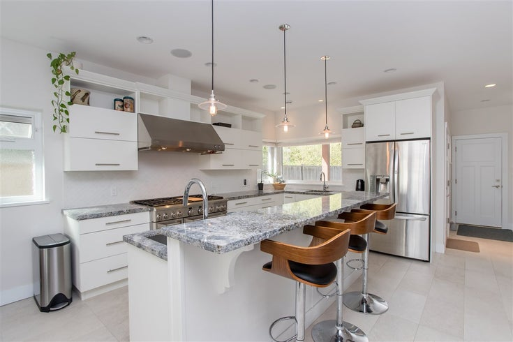 1032 WOODSWORTH ROAD - Gibsons & Area House/Single Family for sale, 3 Bedrooms (R2474630)