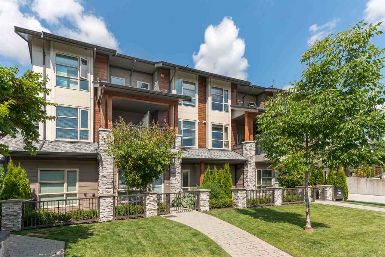 7 244 E 5TH STREET - Lower Lonsdale Townhouse for sale, 2 Bedrooms (R2475097) - #1
