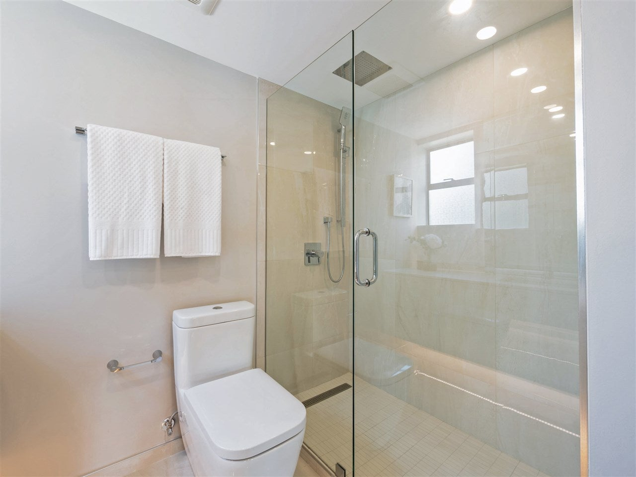 201 475 13TH STREET - Ambleside Apartment/Condo for sale, 3 Bedrooms (R2475640) - #20