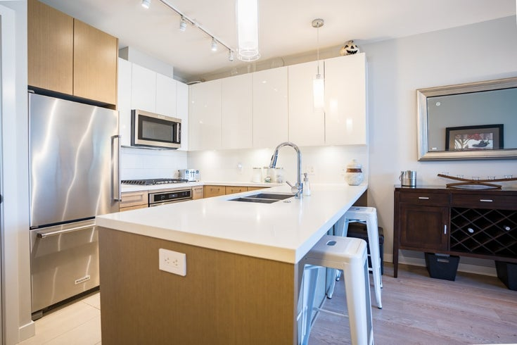 211 271 FRANCIS WAY - Fraserview NW Apartment/Condo for sale, 2 Bedrooms (R2475891)