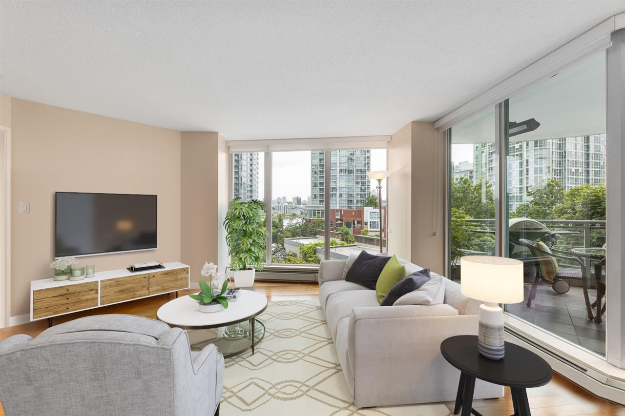 603 1009 EXPO BOULEVARD - Yaletown Apartment/Condo for sale, 3 Bedrooms (R2475942)
