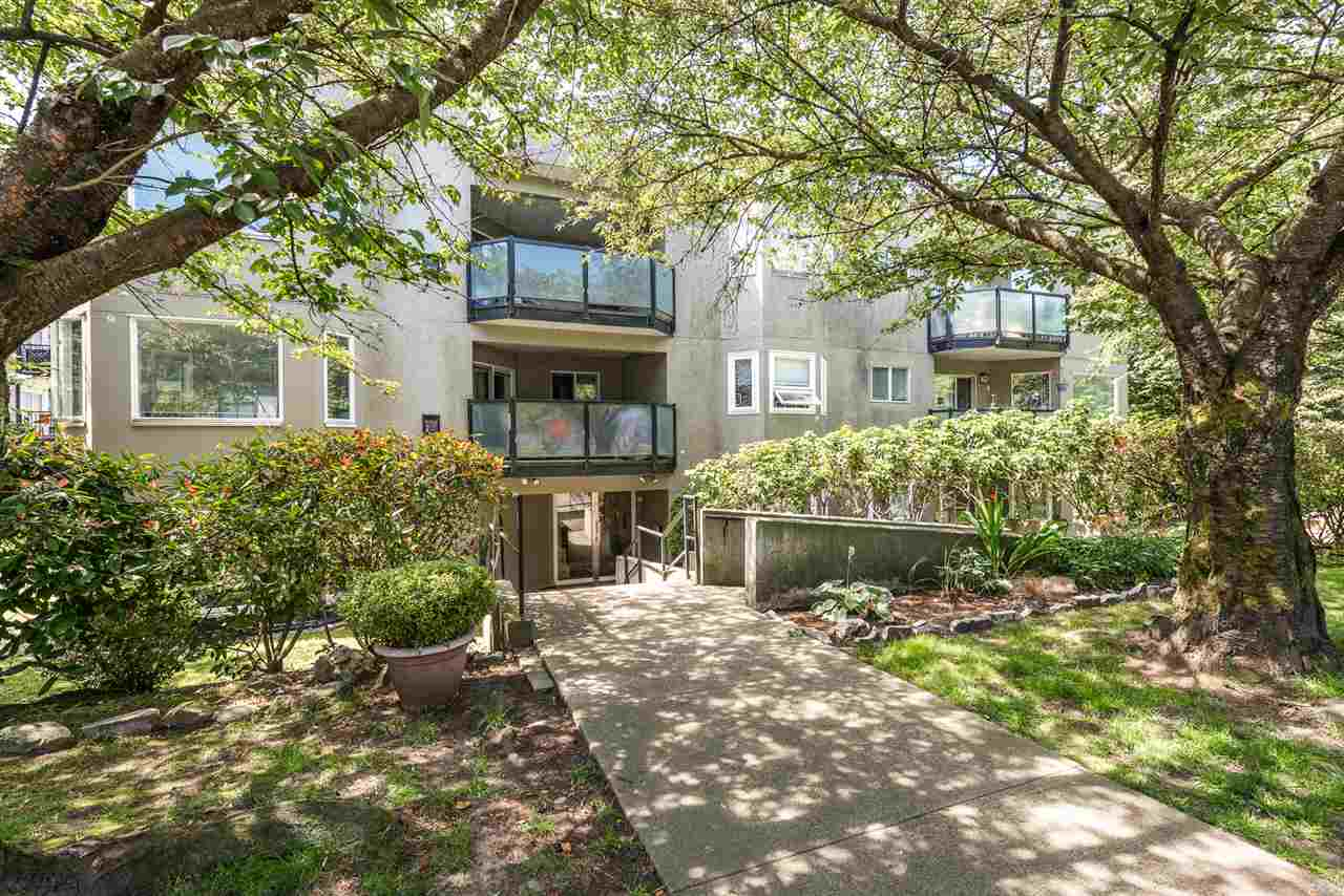 105 175 W 4TH STREET - Lower Lonsdale Apartment/Condo for sale, 1 Bedroom (R2476302) - #1