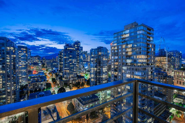 2807 909 MAINLAND STREET - Yaletown Apartment/Condo for sale, 2 Bedrooms (R2478229)