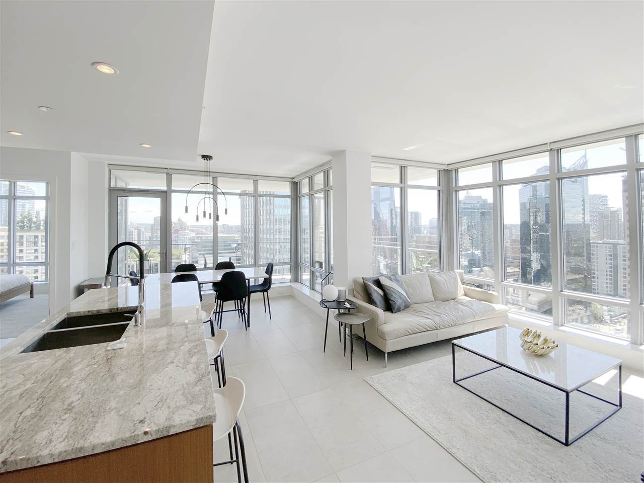 2302 1028 BARCLAY STREET - West End VW Apartment/Condo for sale, 2 Bedrooms (R2479118) - #1