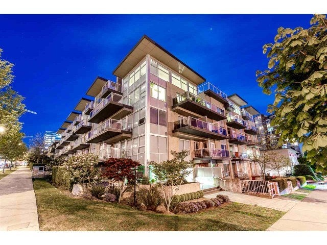 PH10 1288 CHESTERFIELD AVENUE - Central Lonsdale Apartment/Condo for sale, 1 Bedroom (R2479203)
