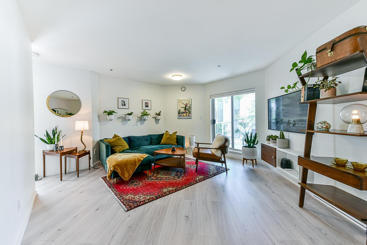 204 2023 FRANKLIN STREET - Hastings Apartment/Condo for sale, 1 Bedroom (R2479396) - #2