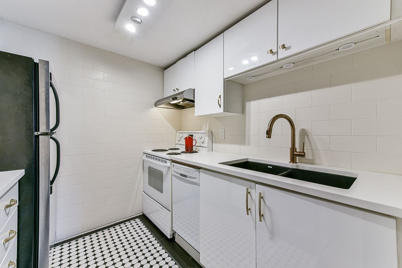 204 2023 FRANKLIN STREET - Hastings Apartment/Condo for sale, 1 Bedroom (R2479396) - #4